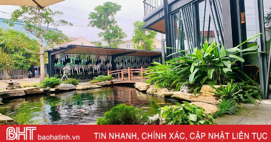 Nghỉ lễ, check-in