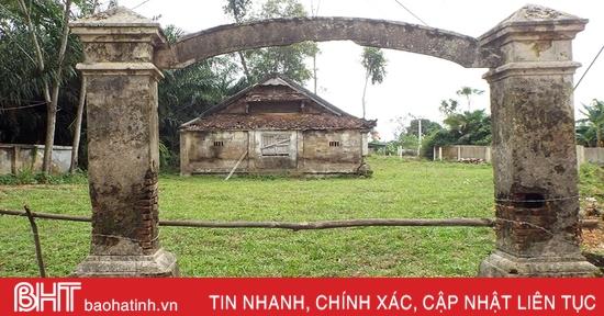 Ngôi đình làng bằng gỗ lim trăm tuổi ở Hà Tĩnh xuống cấp trầm trọng