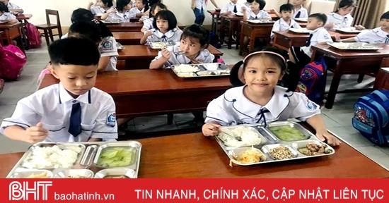 Nhiều trường tiểu học ở thành phố Hà Tĩnh khó tổ chức bán trú