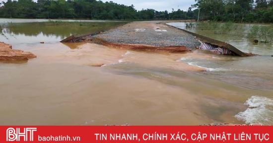 Nhiều tuyến đường ở Vũ Quang bị sạt lở nghiêm trọng do mưa lũ