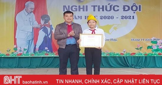 Nữ sinh hoàn cảnh khó khăn ở Hà Tĩnh nhặt được gần 8 triệu đồng, tìm người trả lại