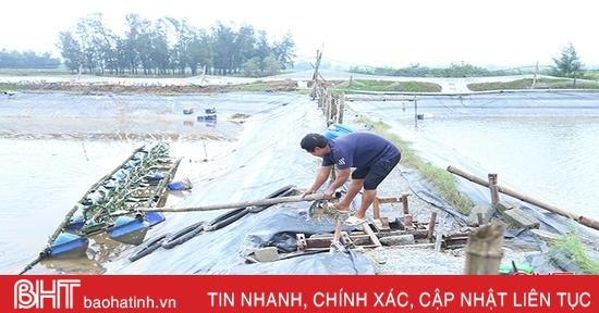 """Nước lũ """"cuốn trôi"""" gần 170 tỷ đồng của người nuôi trồng thuỷ sản Hà Tĩnh"""