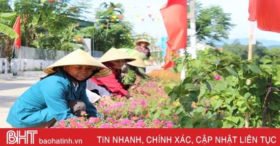 Phụ nữ Can Lộc góp sức xây dựng khu dân cư kiểu mẫu