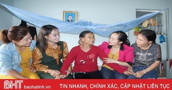 """""""Sự yêu thương, đùm bọc đã giúp chị em phụ nữ Thịnh Lộc đoàn kết, cùng tiến bộ..."""""""