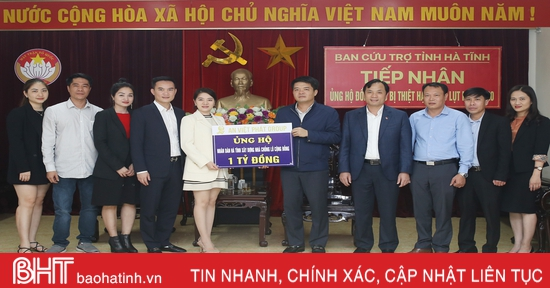 Tập đoàn An Việt Phát hỗ trợ bà con vùng lũ Hà Tĩnh 1 tỷ đồng
