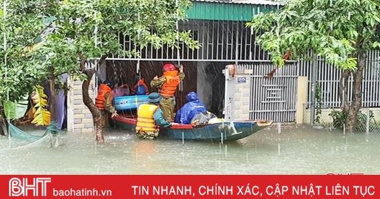 Thành phố Hà Tĩnh tiếp tục sơ tán dân, nâng cấp cảnh báo rủi ro