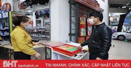 Thị trường lịch Tết ở Hà Tĩnh: Giảm giá ngay khi mở bán!
