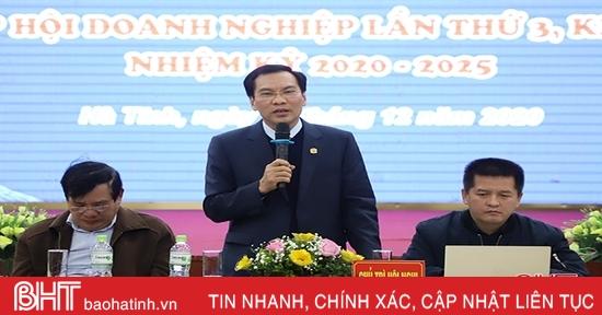 Tiếp tục phát huy vai trò cầu nối giữa doanh nghiệp Hà Tĩnh với chính quyền