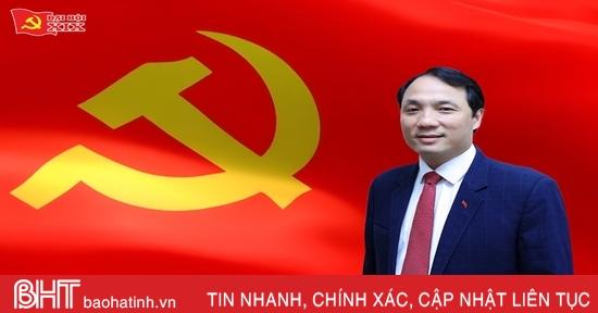 Tiểu sử đồng chí Hoàng Trung Dũng - tân Bí thư Tỉnh ủy Hà Tĩnh