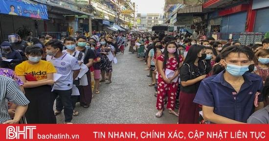 Tỉnh trưởng vùng tâm dịch Thái Lan nhiễm Covid-19