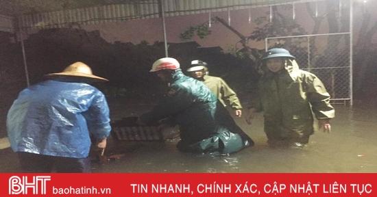 TP Hà Tĩnh tiếp tục là trọng tâm của mưa lớn, cảnh báo ngập lụt sâu