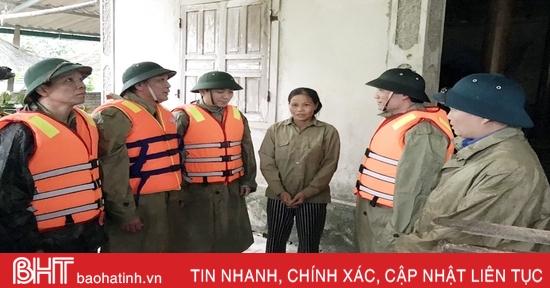 """Triển khai phương án """"4 tại chỗ"""",Hương Sơnhạn chế tối đa thiệt hại do mưa lũ"""