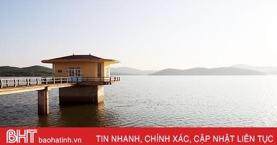 Từ 8h sáng mai (24/9), Hồ Bộc Nguyên bắt đầu xả tràn