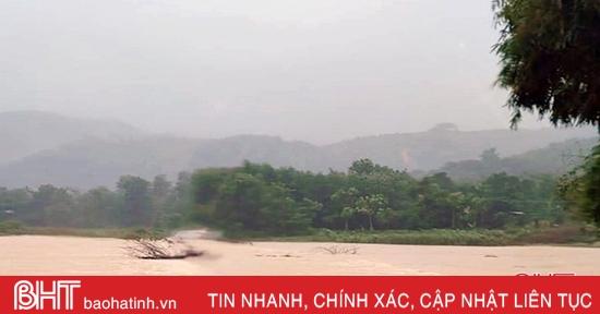 Từ ngày 9/10, hơn 23 ngàn học sinh Hương Khê nghỉ học do mưa lũ