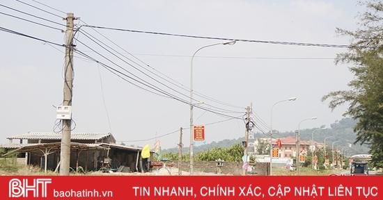 Vì sao vẫn chưa thể bàn giao lưới điện xã Cẩm Nhượng cho ngành điện?