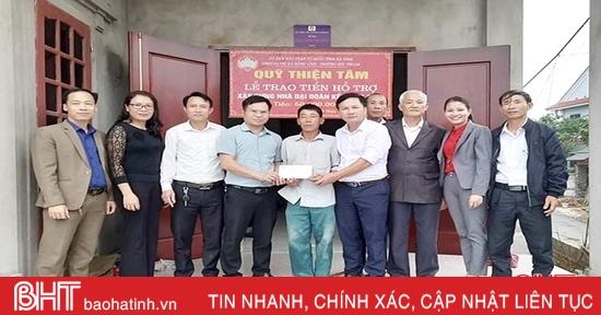 Vingroup hỗ trợ 180 triệu đồng xây nhà đại đoàn kết tại thị xã Hồng Lĩnh