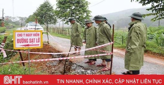 Vũ Quang: Một số hồ đập vượt dung tích, nhiều điểm sạt lở nghiêm trọng
